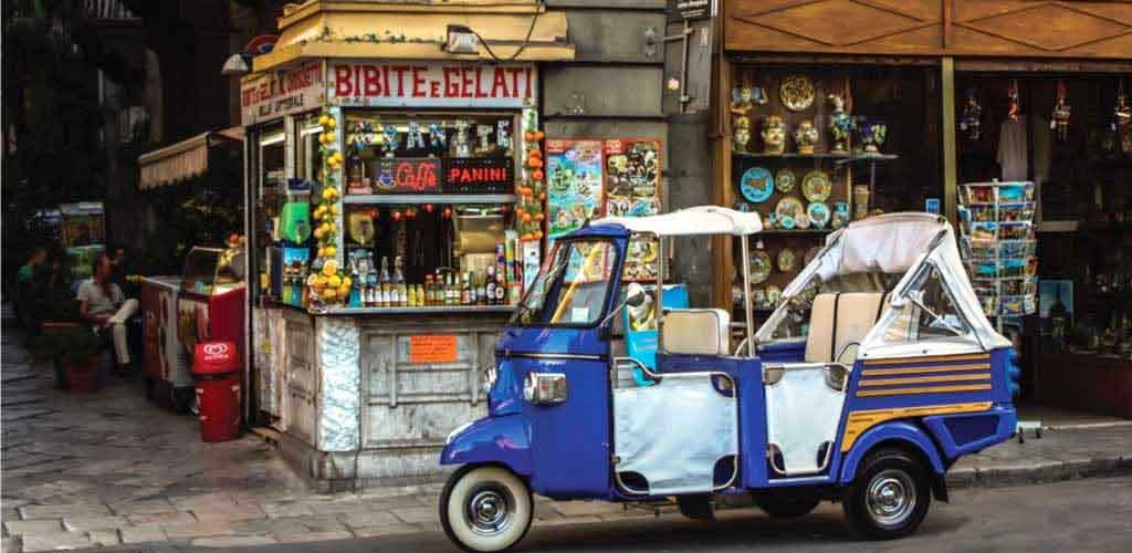 Visit Palermo by Vespa, Ape or Carriage