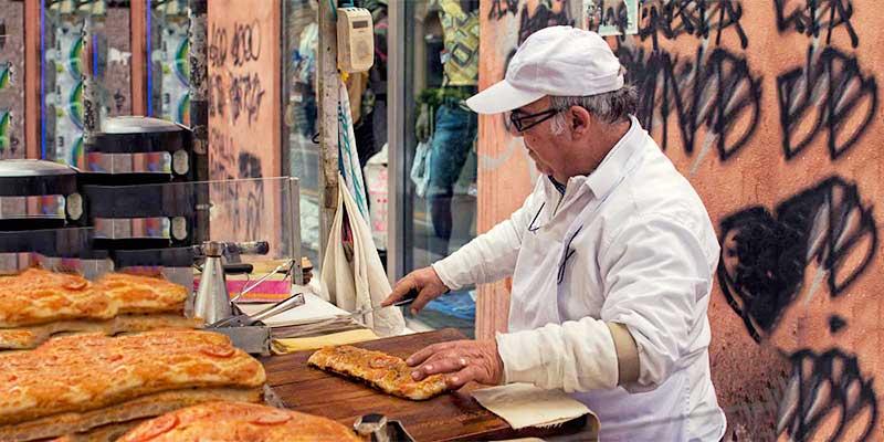 Sicilian pizza sfincione