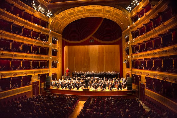 Night at the Teatro Massimo